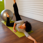 Cours de PIlates Ball avec Nandini Yoga